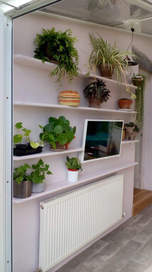 single floating shelves