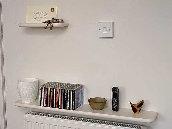 single shelf without wires